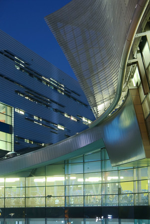 Campus Recreation Center, University of Cincinnati by Morphosis.