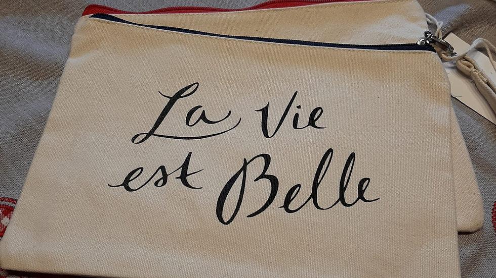 """Trousse """" la vie est belle"""""""