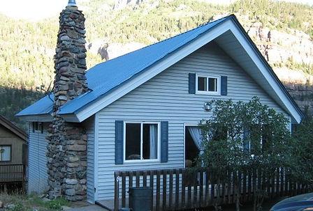 my cabin outside.jpg