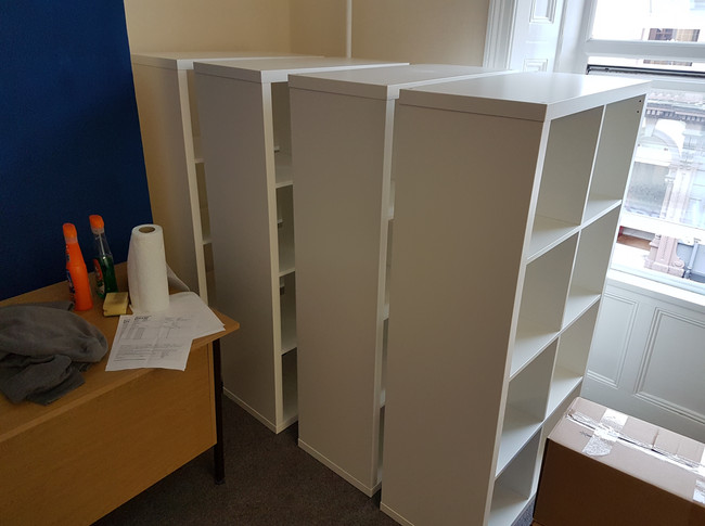 Office suit flat pack