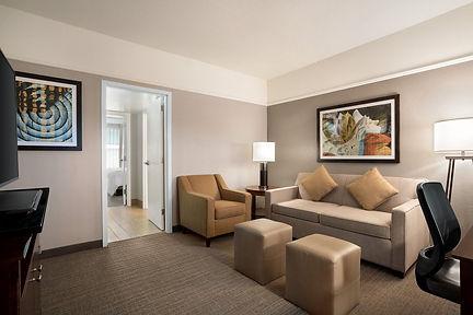Embassy Suites Guestroom1