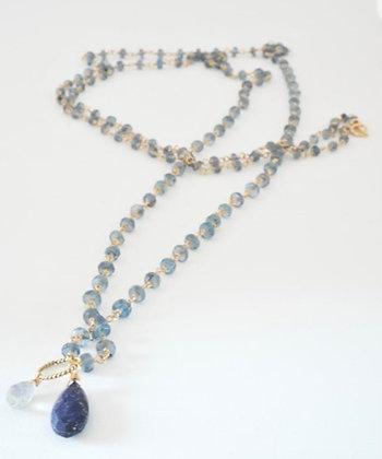 プレシャスブルーアパタイトのペンダント付きロングネックレス  / Precious blue apatite long necklace