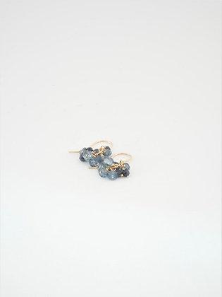 プレシャスブルーアパタイトのピアス  /  Precious blue apatite pierce
