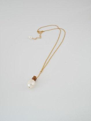 トルマリンボールとパールのT字ペンダントネックレス / Tourmarine ball & pearl necklace