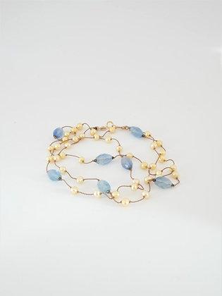 ブルーフローライトとイエローパールのロングネックレス / Blue fluorite & yellow pearl long necklace
