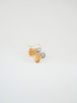 プレシャスシトリンとシルバーパールの2色ピアス  / Precious citrin & silver peral pierce