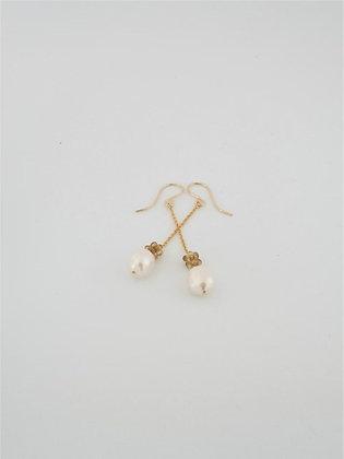 トルマリンボールとパールのロングピアス / Tourmarine ball & pearl long pierce
