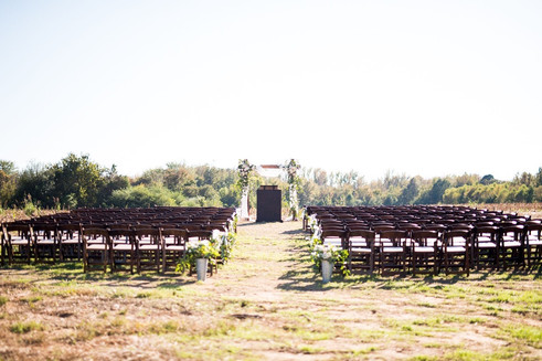 What an awesome location - the family's farm!  Photo by Morgan Newsom Photography