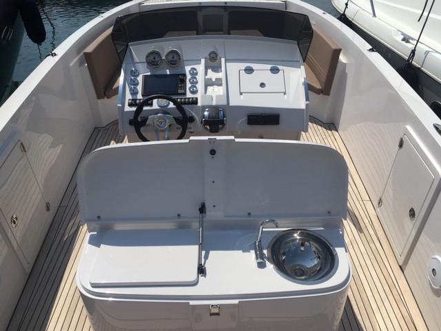 frauscher-1017-lido-seven-yachts-9.JPG
