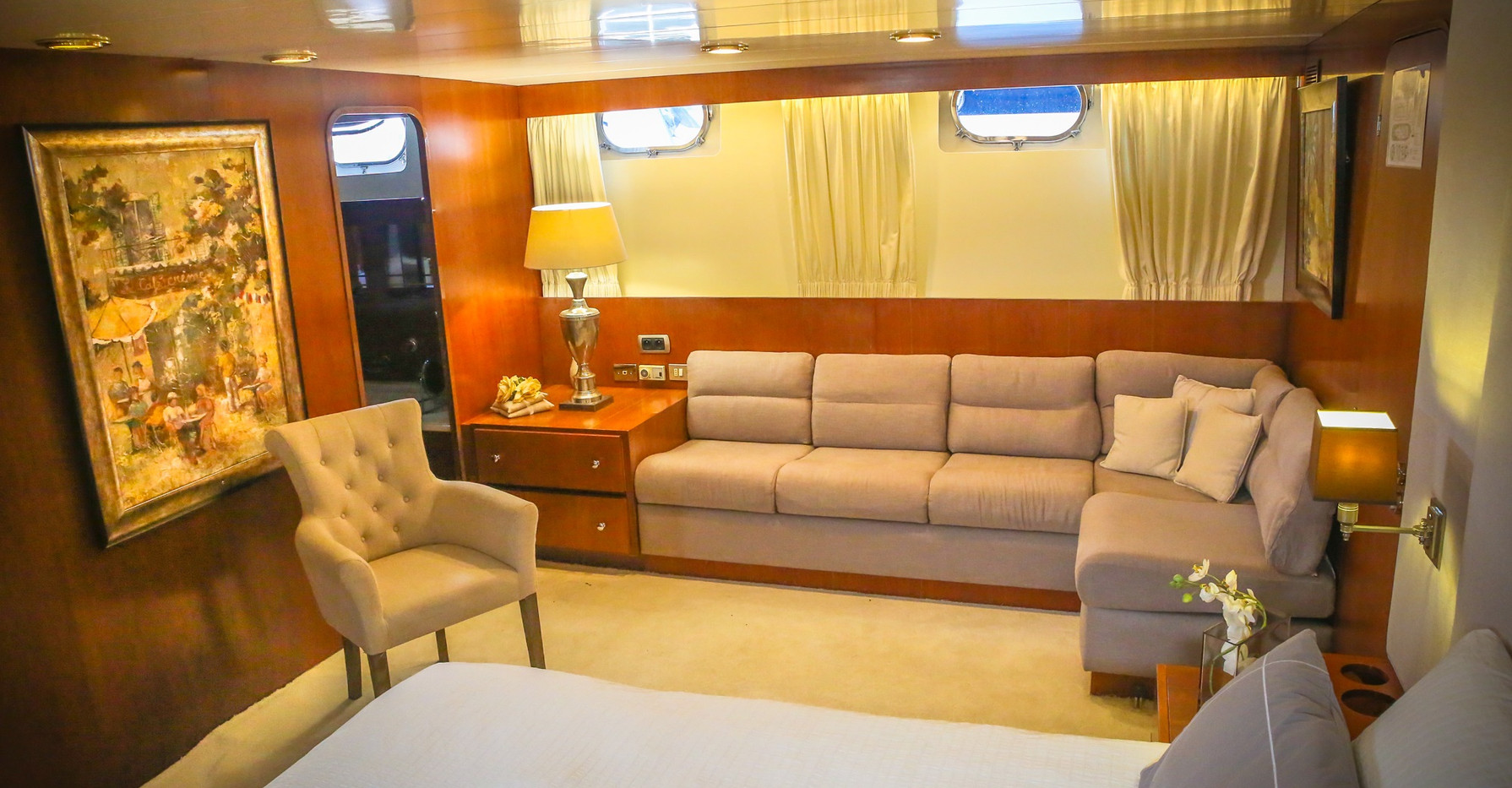seven-yachts-charter-5.jpg