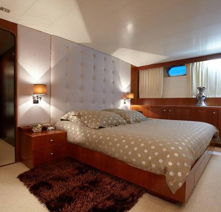 seven-yachts-charter-7.jpg