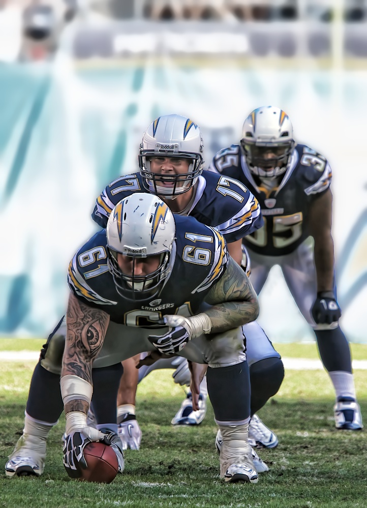Chargers v Titans
