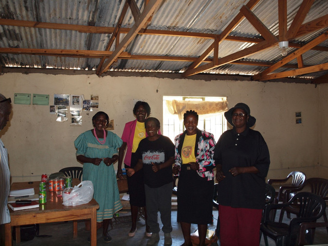 Volunteers at the Ombome Oto office