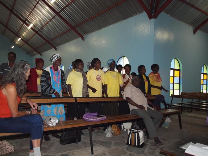 Ombome Oto volunteers in Holy Spirit Church