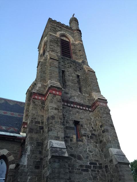 お腹ギュー教会