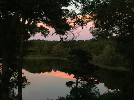 ギューハウスから見た夕焼け湖
