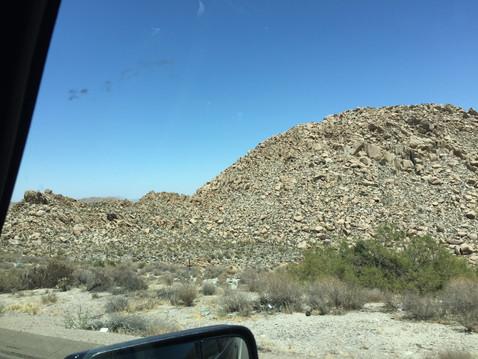 岩ワールド凄い!一つ一つの岩でかい!!