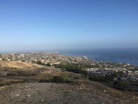 ホテルでのお勉強会終了後に行った、Rancho Palos Verdesの丘、でやっと見つけたパーキングスポット