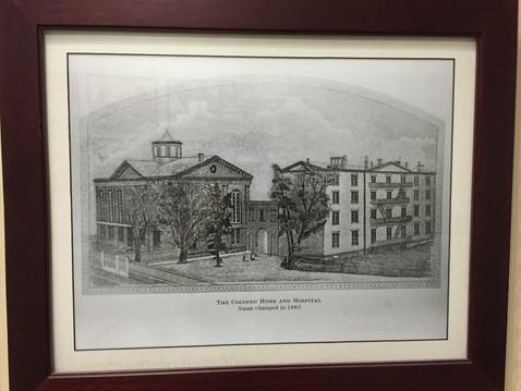 昔の病院の建物・・・どうしてこんなのを見てるんだろう?