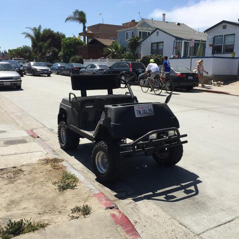 道の車もサンディエゴぽい
