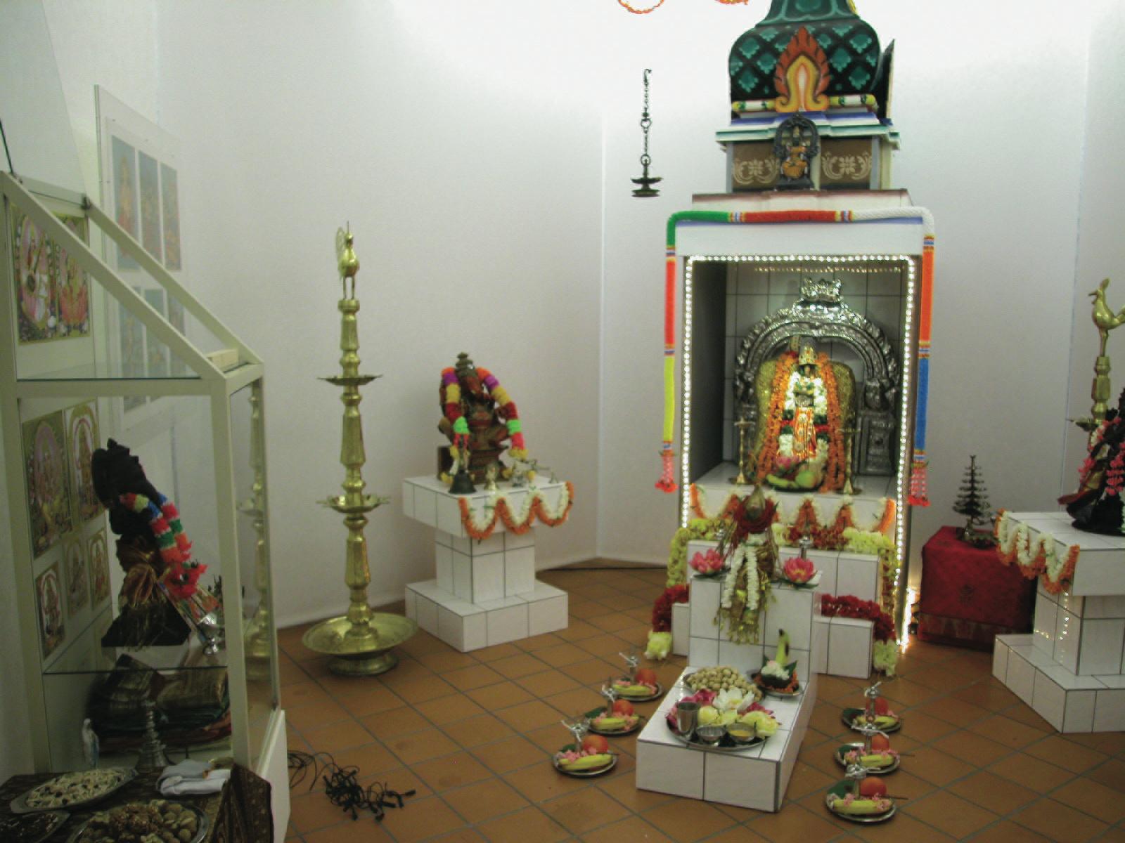 Blick in die Ausstellung: Hinduistis