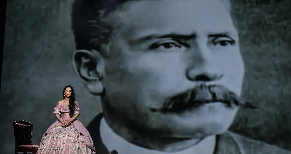 Romina La Mexicana Naila