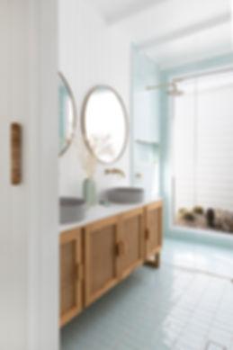 Bilinga Bathroom 4 LR.jpg