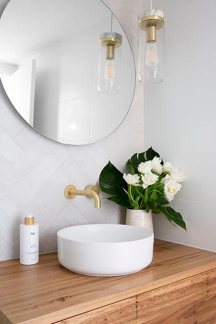 Belongil Bathroom 8 LR.jpg