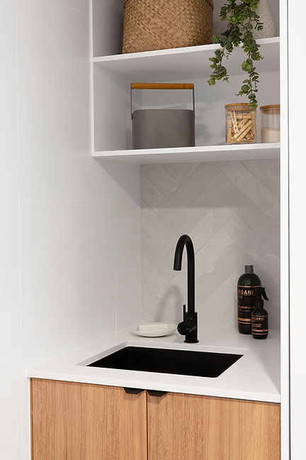 Belongil Bathroom 35 LR.jpg