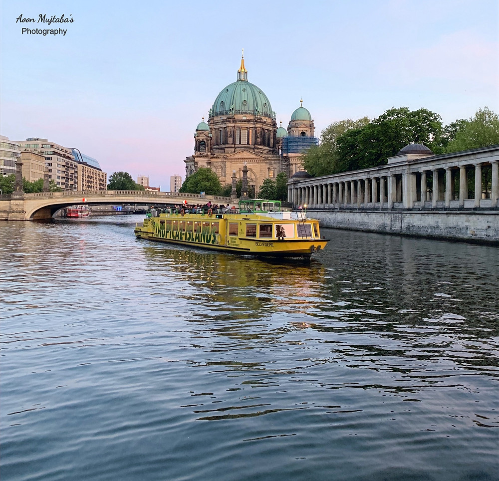 Cruise in Spree River, Berlin