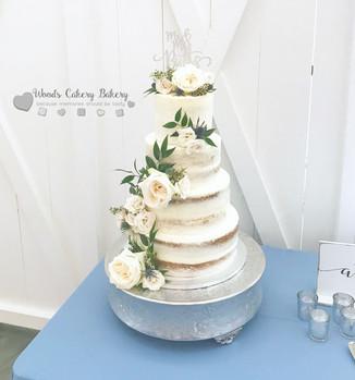 Laura-Burrows-Wedding-Cake.jpg