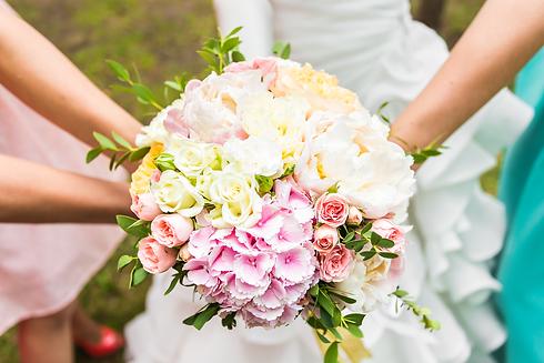 wedding-bouquet-PN4MPZV.png