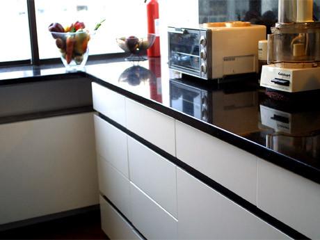 05.23-10_the_kitchen_4.jpg