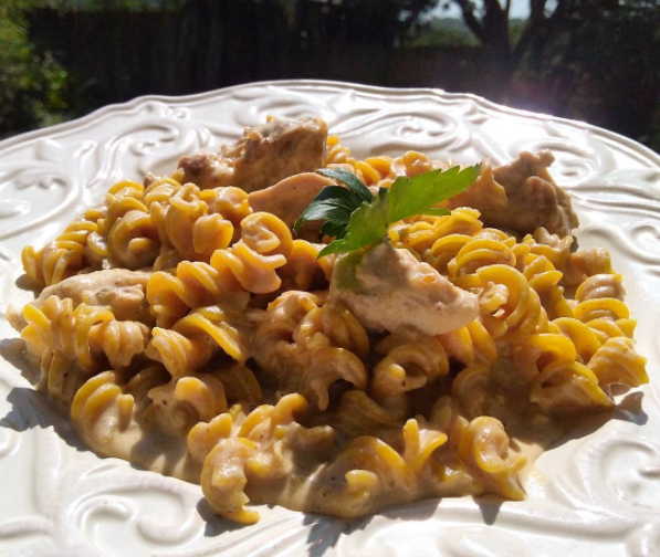 Roasted Habanero Fusilli with Creamy Chicken