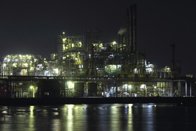 瀬戸内工業地域の夜景