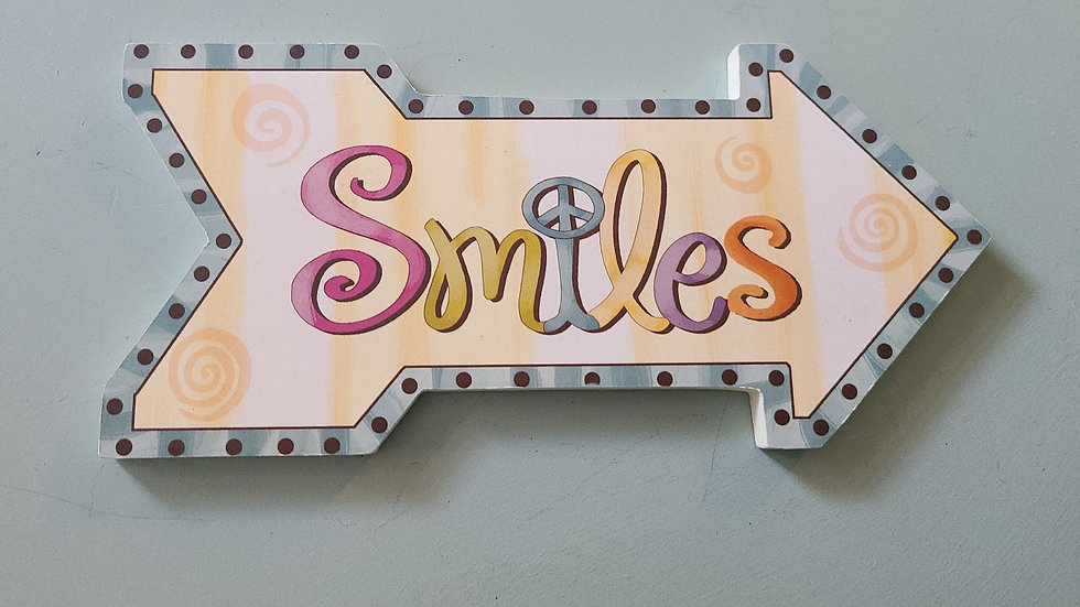 Smiles arrow sign