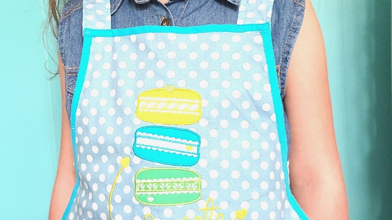 """Sweets"" children's apron"