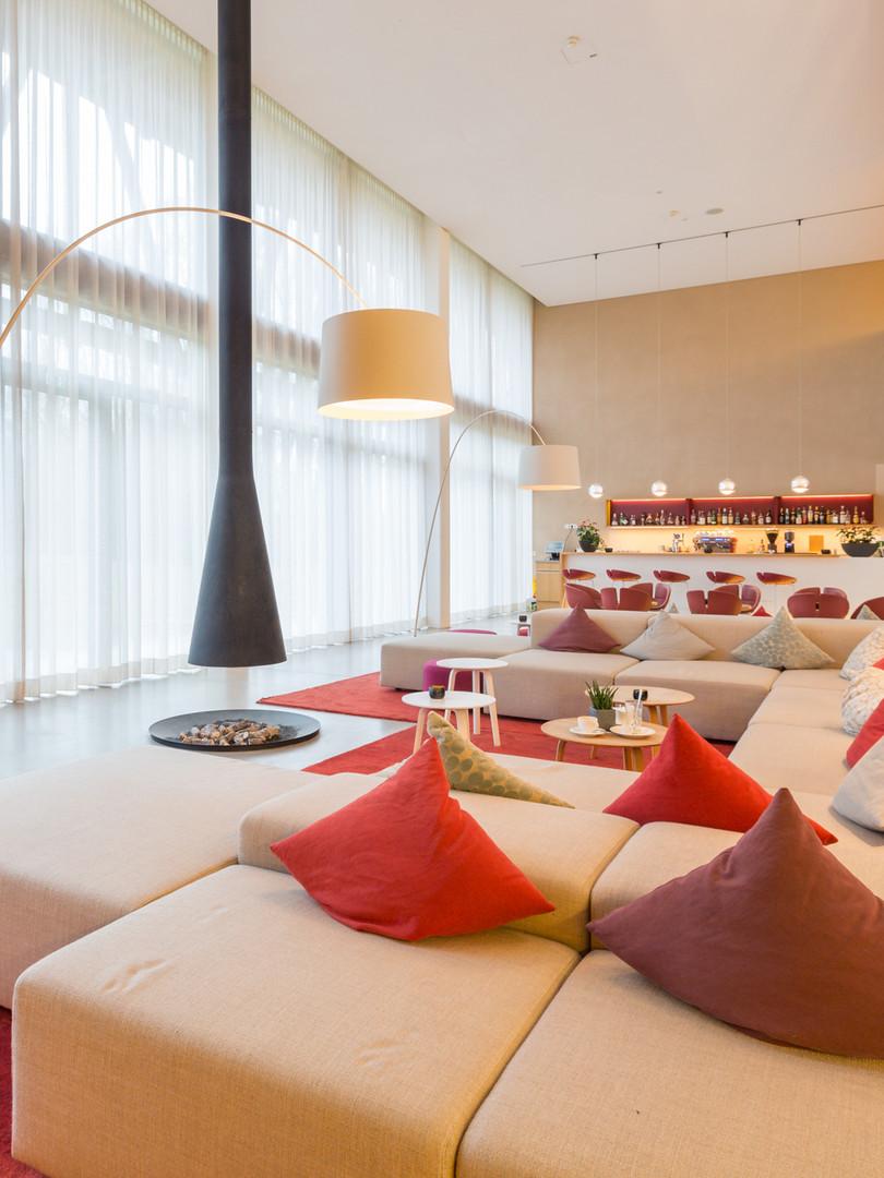 Andrea_Lobsiger_HotelBora.jpg