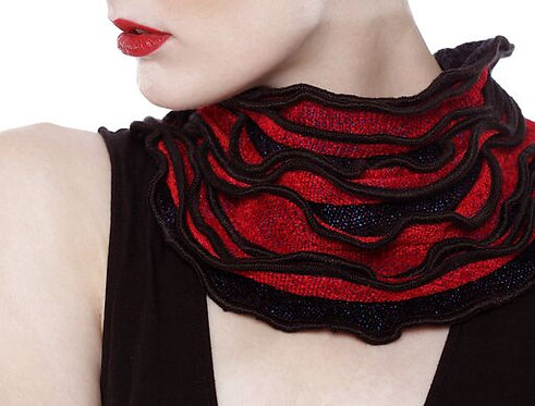 Red and Black Ruffled Edge Collar