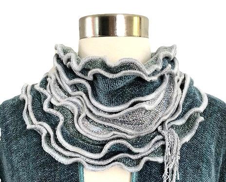 Celadon Ruffled Edge Collar