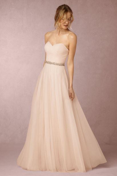 10 Wedding Dresses Under $1,000