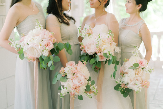 Blush Springtime Wedding at Airlie
