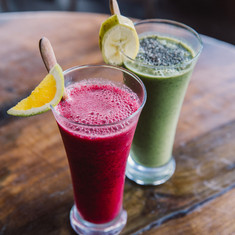 TheYogaBarn-healthy-juices.jpg