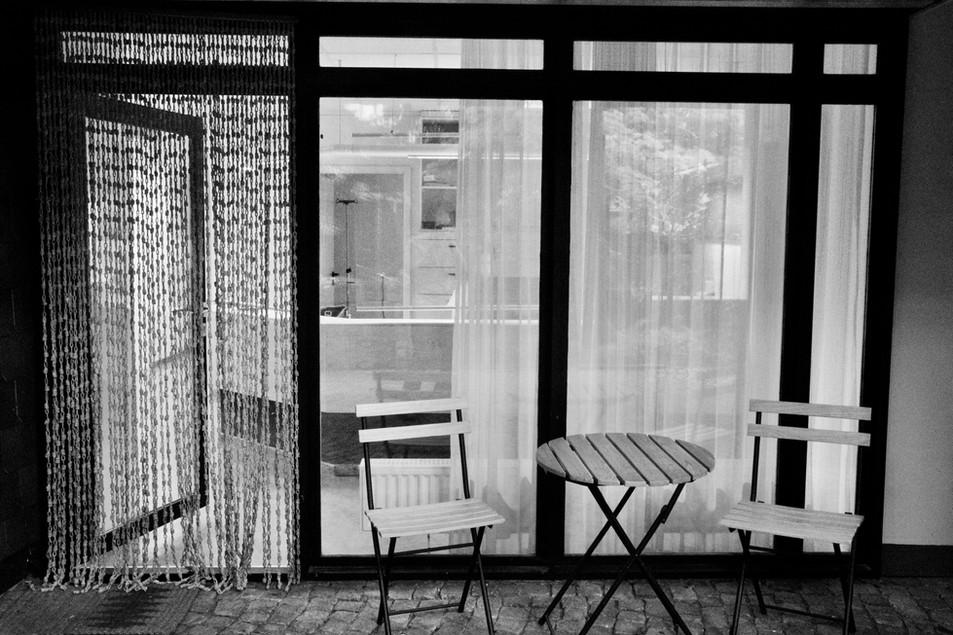 Wartebereich im Garten
