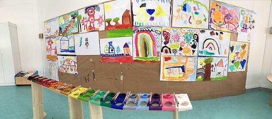 Atelier de maison des pinceaux se deplace dans les écoles