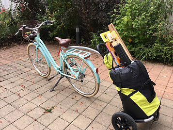 Maison_des_pinceaux_se_deplace_à_vélo1.J