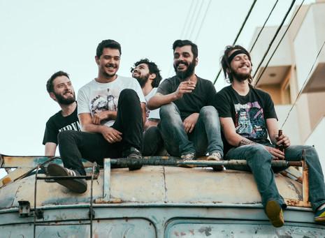 LANÇAMENTO: ouça o excelente EP de estreia do Santa Pipe
