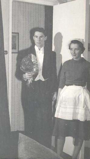 1959 The Reluctant Debutante, Nov (1).jp