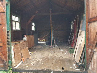 Old Shed almost empty (10)