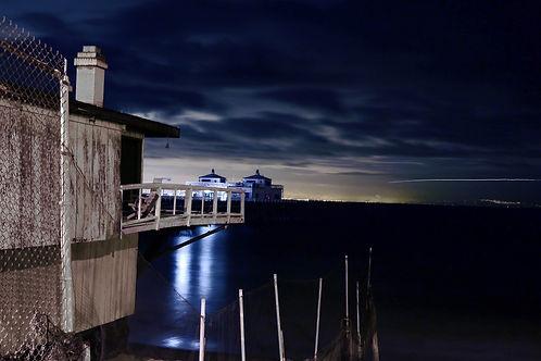 Malibu Pier (Photograph)